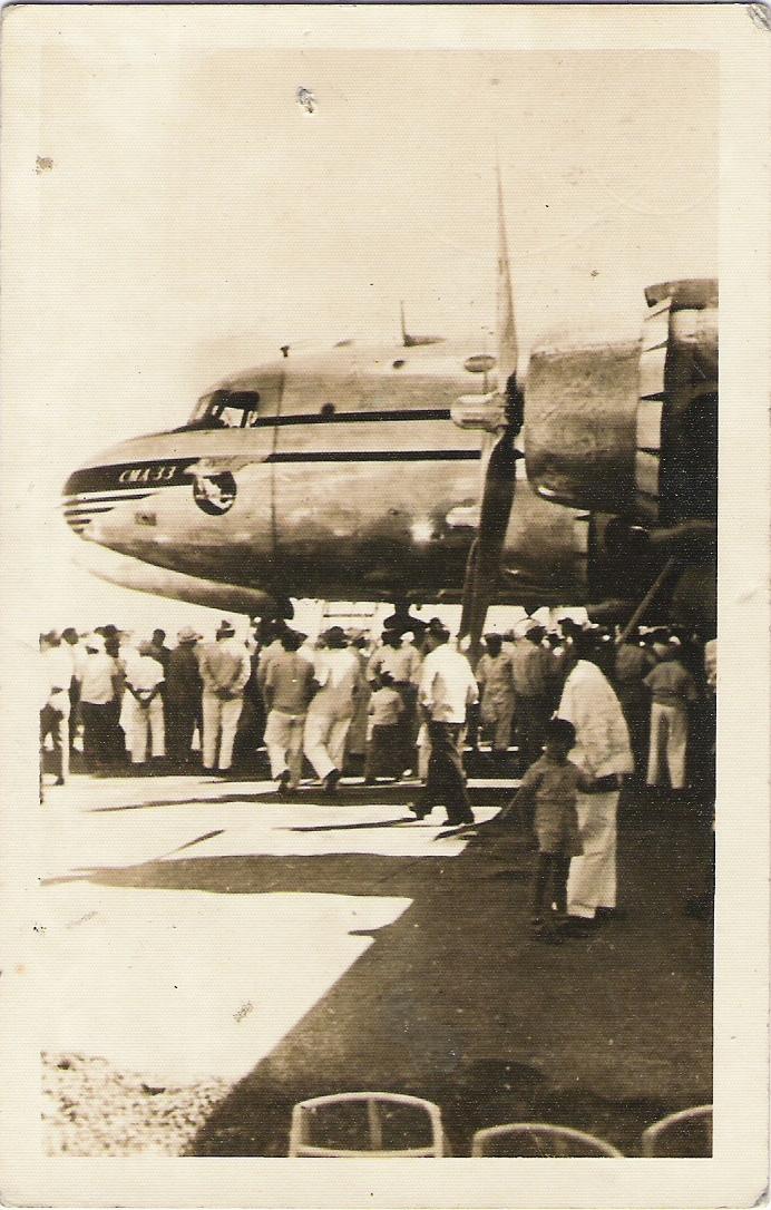 1. Febrero de 1946, llega a Mérida el primer DC-4, 28 metros