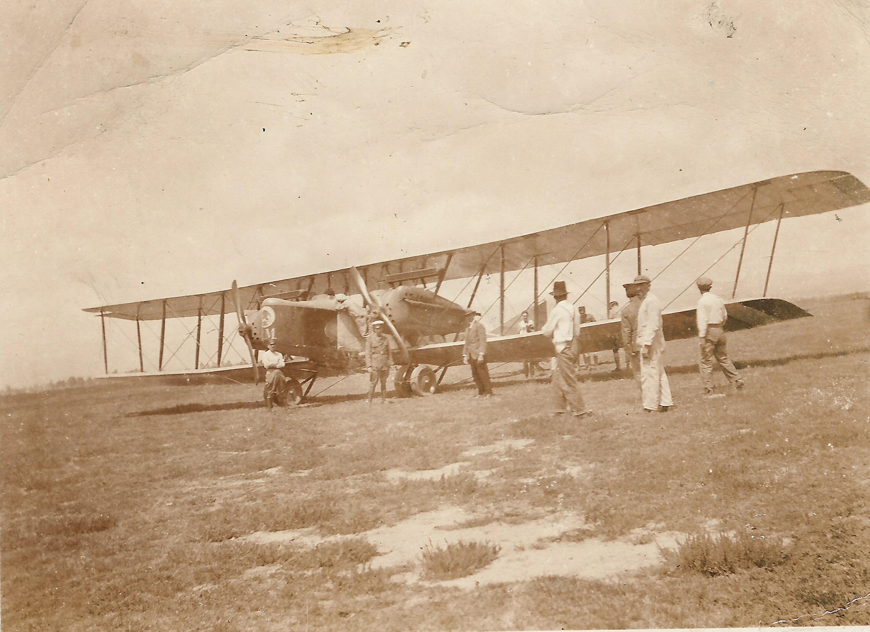 5. Aeroplano modelo 'Farman' tenía las alas tan grandes que